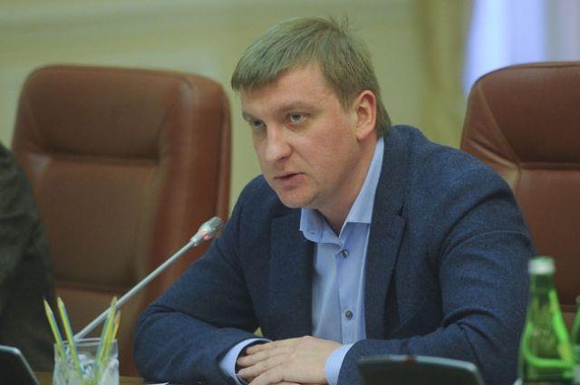 Министр юстиции П.Петренко