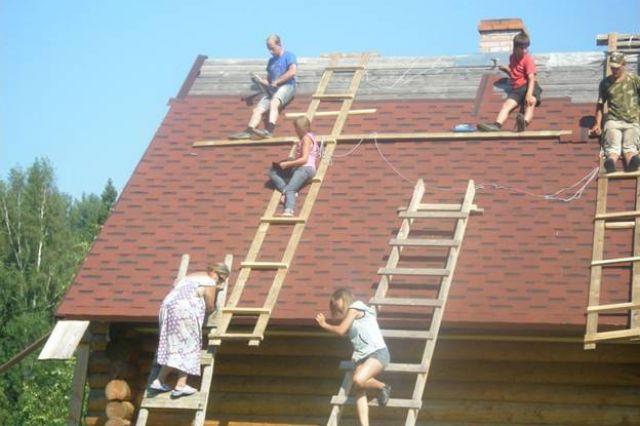 Многодетная семья Соловей строит свой дом.
