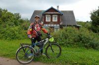 Самый надежный товарищ Александра Норко в путешествиях - велосипед.