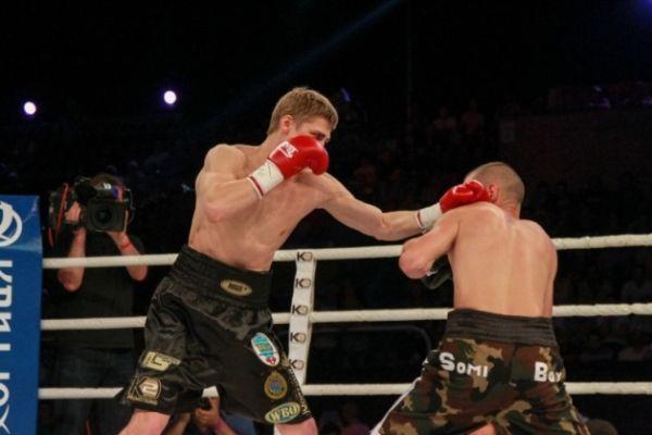 Бой Александра Спирко с венгерским соперником
