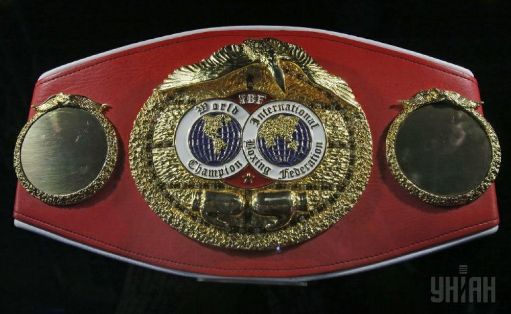 Чемпионский пояс IBF стал собственностью Владимира Кличко 22 апреля 2006 года