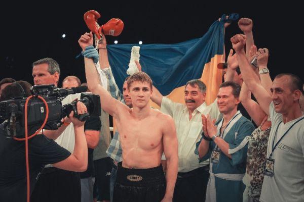 Боксер Спирко завоевал титул интернационального чемпиона WBO в первом среднем весе