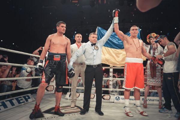 Оглашение победителя боя Усик - Кренс