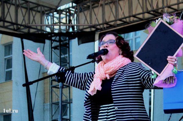5.Обладательницей «Приза зрительских симпатий» стала народная артистка России Лариса Голубкина