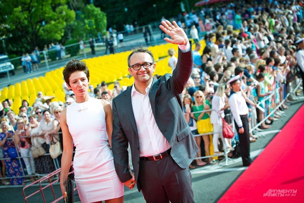 Председателем жюри основного конкурса станет режиссёр Андрей Звягинцев, обладатель приза «Особый взгляд» Каннского кинофестиваля 2011 года, главный триумфатор Венецианского кинофестиваля 2003 года. На красной ковровой дорожке режиссёр появился в компании своей супруги Анны.