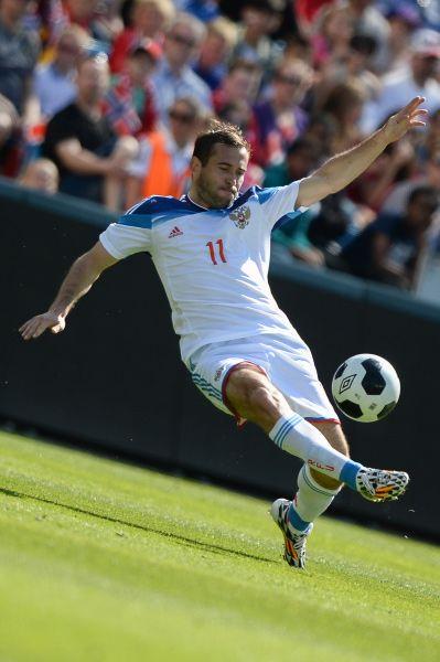 Форвард «Зенита» Александр Кержаков. В общей сложности пять игроков питерского клуба попали в состав сборной.