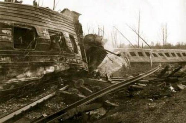 Железнодорожная катастрофа под Ашой стала крупнейшей в истории России и СССР.