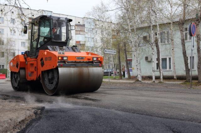 В Екатеринбурге в мае привели в порядок 29 тысяч «квадратов» дорог