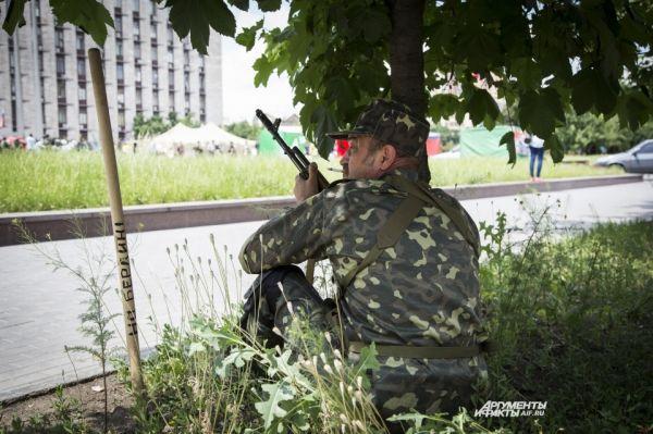 Рано утром 3 июня украинская нацгвардия возобновила силовую операцию – артобстрелу подверглось село Воевододвка под Севердонецком.