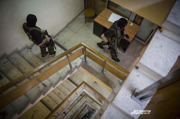 Ополченцы заявили о применении военными кассетных бомб – они не полностью взрываются при падении и превращаются в противопехотные мины.