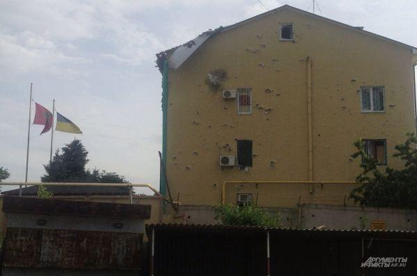 Ночью бои продолжались не только в Луганске и Славянске, но также в городах Лисичанск, Красный Лиман и Изюм.