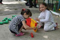 Дети из Славянска чувствуют себя здесь в безопасности.