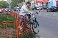 Велопрогулка для иркутян превращается в преодоление препятствий.