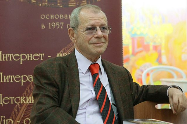 Аркадий Арканов.