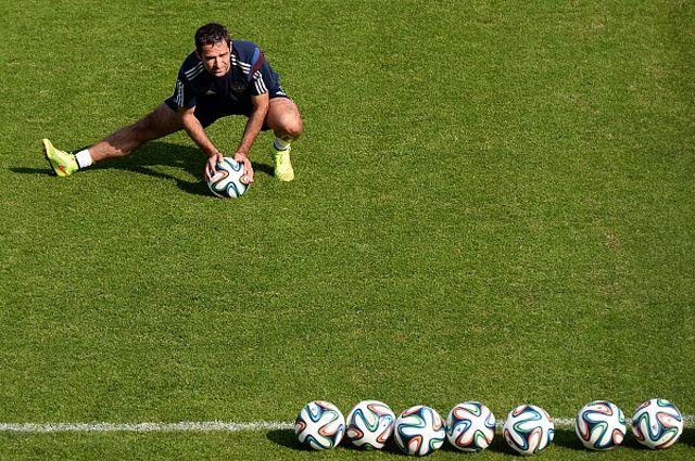 Роман Широков на тренировке перед товарищеским матчем со сборной Марокко.
