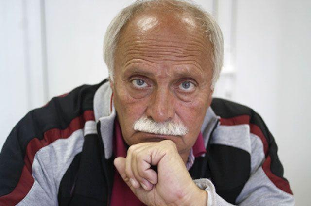 Леонид Ткаченко мечтает построить спортшколу в память о погибшем сыне.