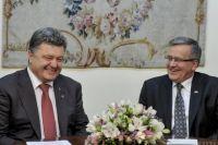 Порошенко на встрече в Варшаве с Коморовским