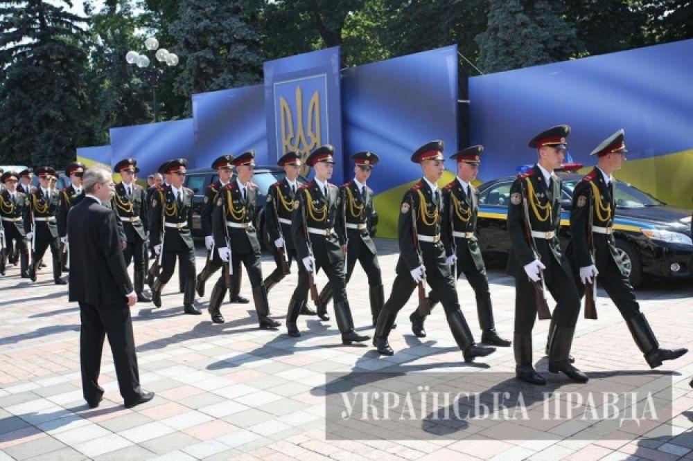 Солдаты президентского полка