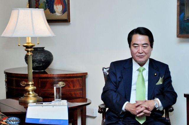 Такао Макино, вице-министр международных дел Японии