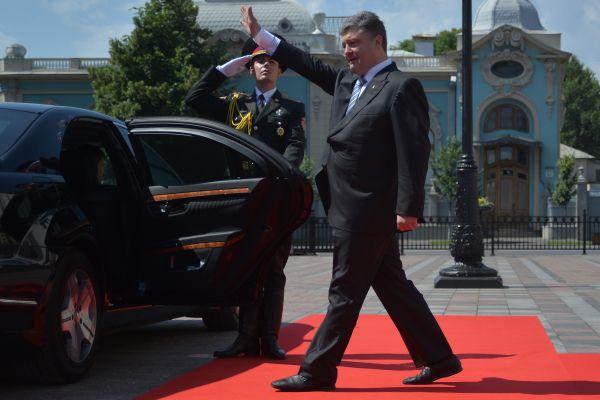 Президент после церемонии инаугурации.