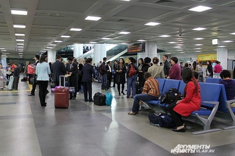 Аэропорт Янгянг небольшой, но уютный и чистый.