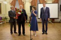 Награды вручал мэр Иркутска.