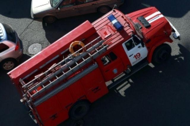 Пожар в пекарне тушили силами коллонии и МЧС.