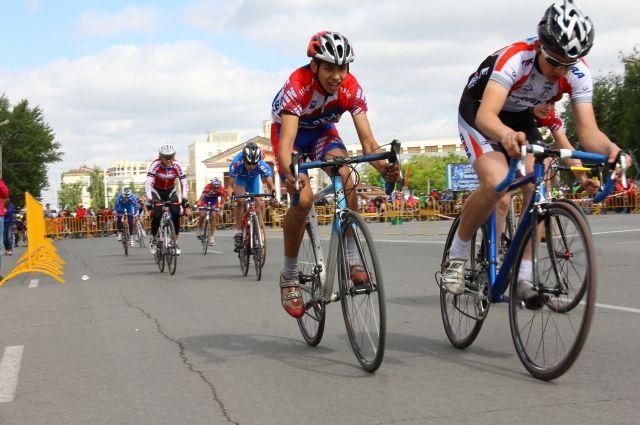 Соревнования по велоспорту прошли в Омске 7 июня.