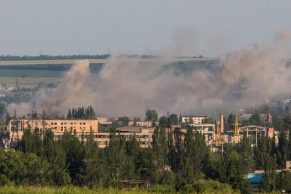 Городской совет заявил, что Славянск сильно пострадал в результате артобстрела.