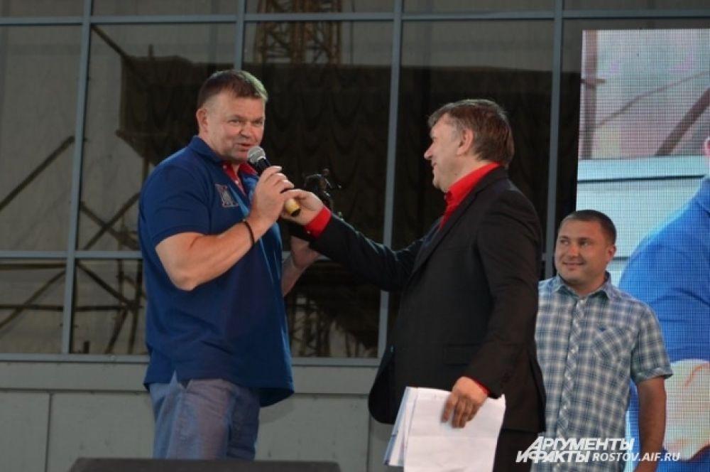 Основатель, президент и главный спонсор Фонда Евгений Кудрявцев (слева).