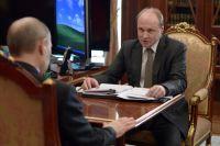 Глава Совета при Президенте РФ по русскому языку Владимир Толстой на встрече с Владимиром Путиным.