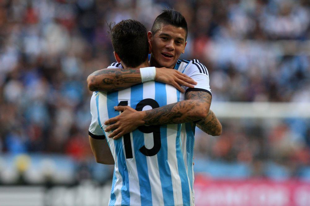 Сборная Аргентины выступит в традиционной для себя форме в бело-голубую полоску.