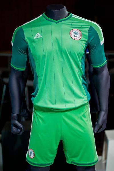 Нигерийцы выступят в Бразилии в зелёной форме с измененными узорами.