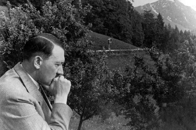 Адольф Гитлер, 1935 год.