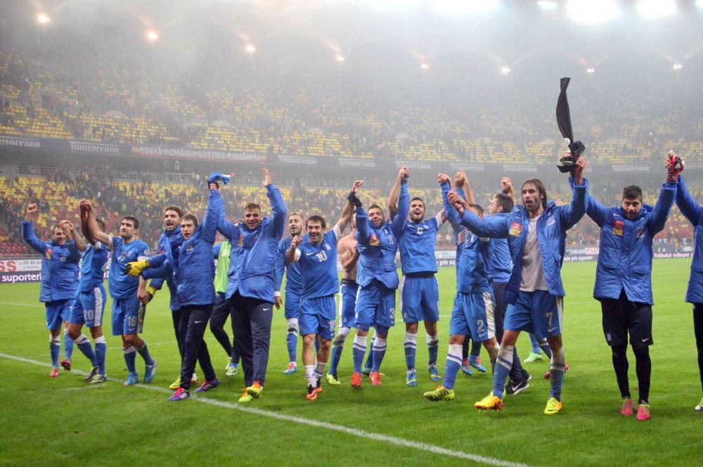 Для сборной Греции традиционные цвета – синие.
