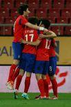 Команда Южной Кореи будет представлена красной формой с рядом элементов синего цвета.
