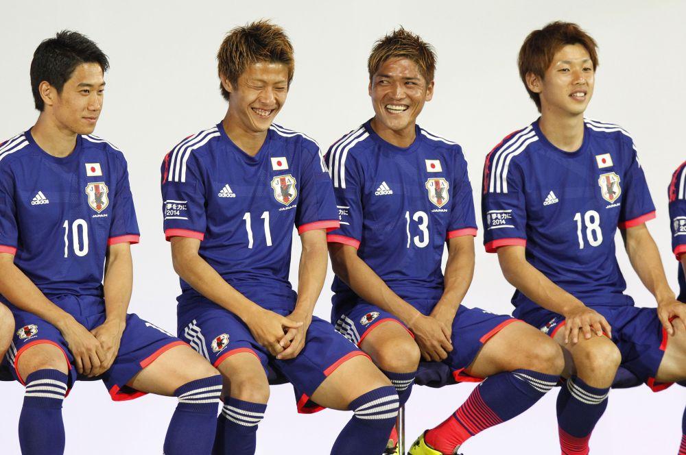 Японцы предстанут перед болельщиками в тёмно-синем облачении.