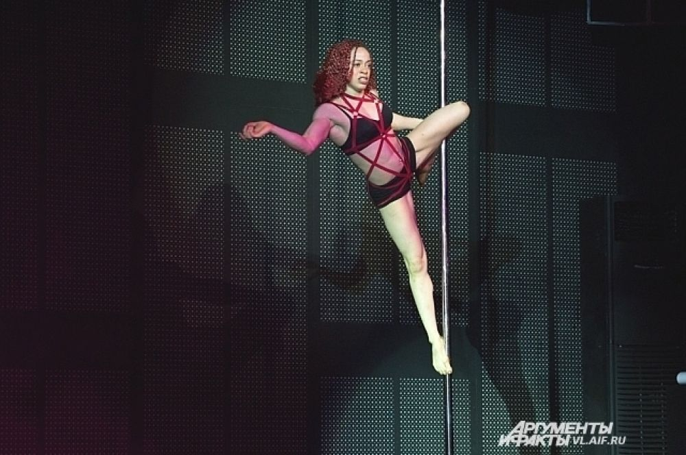 Танцовщица из Америки.