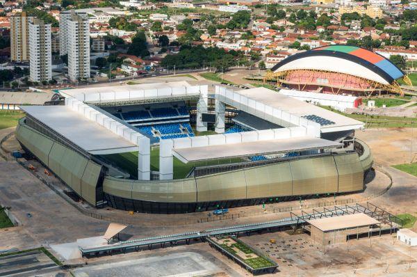 «Арена Пантанал» - недавно открытый многофункциональный стадион в городе Куяба, штат Мату-Гросу. Строительство стадиона завершилось в июне прошлого года – арена была построена на месте стадиона «Жозе Фражелли».