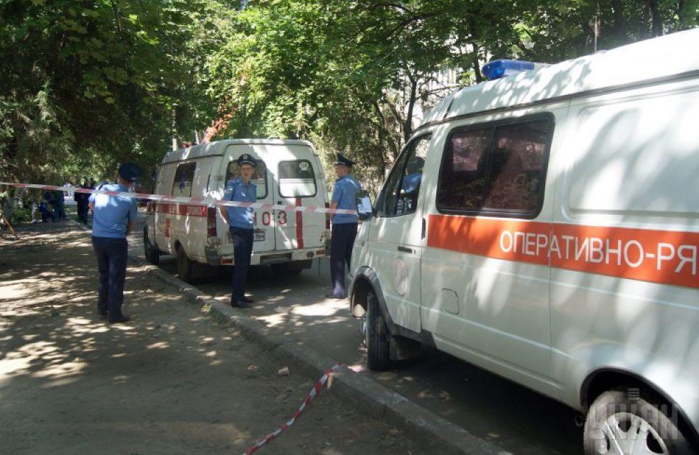 Сотрудники милиции на месте происшествия