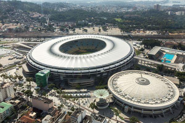 Жемчужиной в числе стадионов предстоящего Кубка мира станет «Маракана», чудо спортивной архитектуры из Рио-де-Жанейро, настоящий храм футбола. Именно на этом стадионе сборная Бразилии потерпела одно из самых унизительных поражений в своей истории, проиграв Уругваю 1:2 в финальной группе ЧМ-1950.