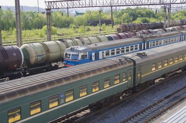 Поезда на ж/д станции
