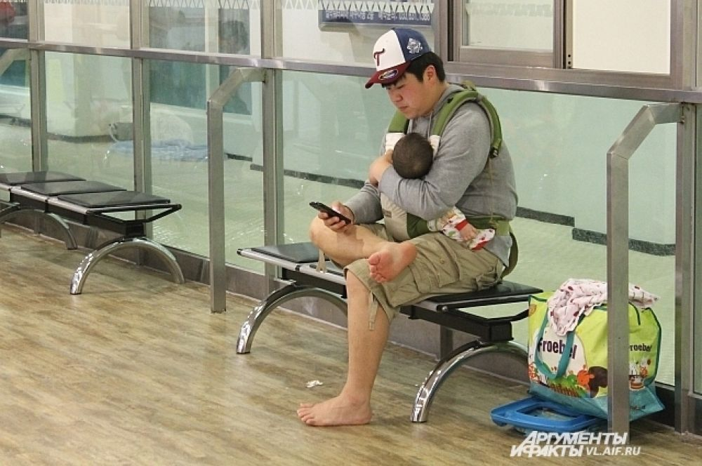 Одна из примет современной Кореи - папы, сами воспитывающие детей.