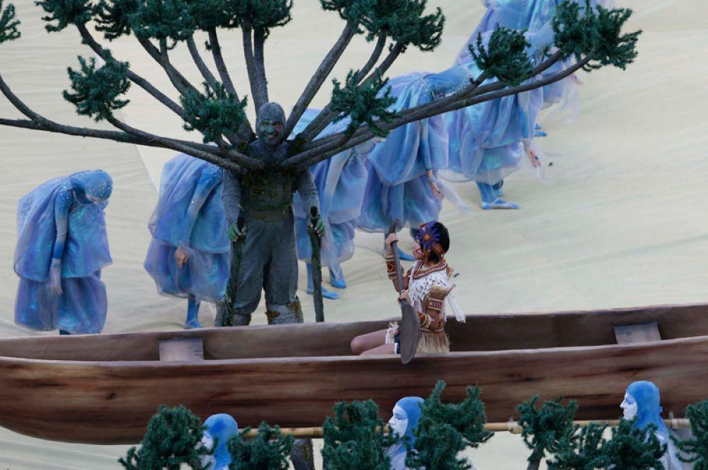 Вспомнили на церемонии открытия и о коренном населении Бразилии.