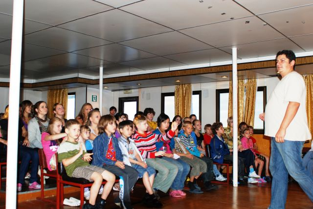 Участники проекта «Белый пароход»