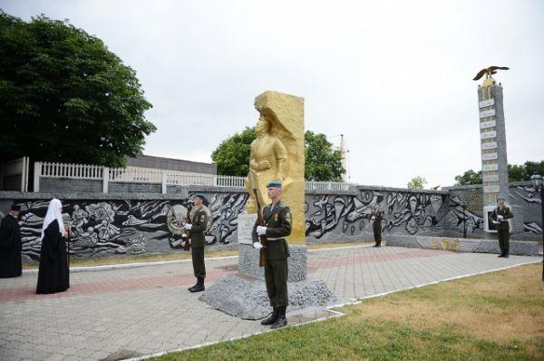 На территории мемориального комплекса «Аллея героев».