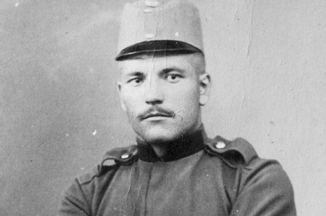 Лайос Пето попал в плен и был заключен в иркутскую тюрьму.
