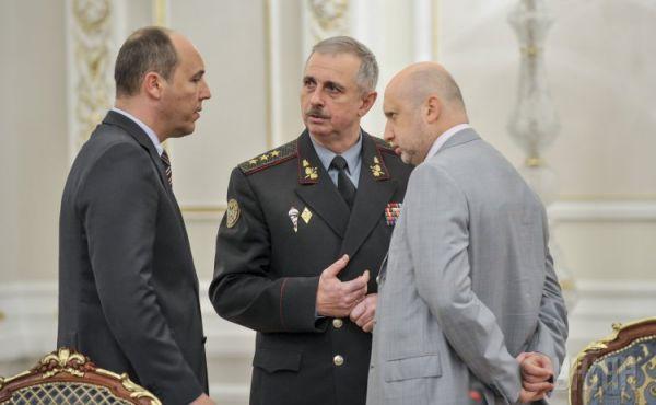 Михаил Коваль, Александр Турчинов и Андрей Парубий
