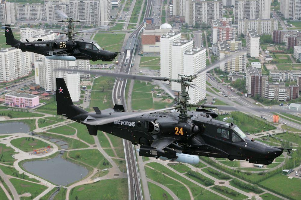 Ка-50 «Черная акула». Первый и единственный в мире ударный вертолет, выполненный по соосной схеме (без рулевого винта). На вооружении ВВС России состоит 11 вертолетов Ка-50, в летном состоянии находится 6 машин.