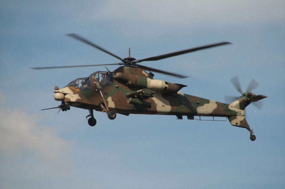 Denel AH-2 Rooivalk. Ударный вертолёт, разработанный в ЮАР. Название получил в честь африканской птицы, похожей на сокола. Всего на вооружении ЮАР находится 11 таких ветолетов.